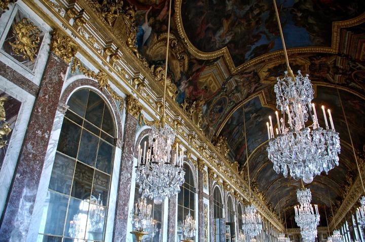 J.J. Marie Antoinette – Avusturya Saraylarından ConcordeMeydanı'na