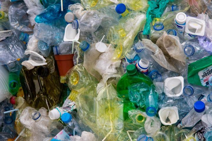 Plastiksiz Bir Dünya – Plastik Kullanımını AzaltmanınYolları